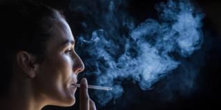 Tumore del seno: prognosi peggiore se si è fumatrici