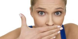 Non solo sintomi respiratori: il Covid-19 provoca alitosi