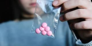 Consumo di droghe in aumento tra gli adolescenti