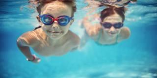Il nuoto può migliorare il lessico dei bambini