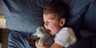 Apnee notturne: dietro al sonno difficile malesseri e malattie
